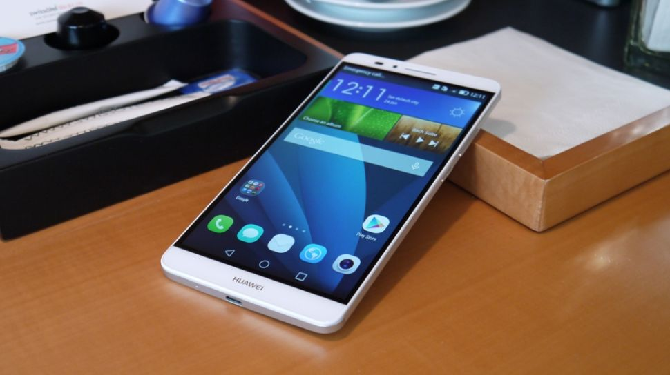 Huawei Mate 7. Photo credit: TechRadar