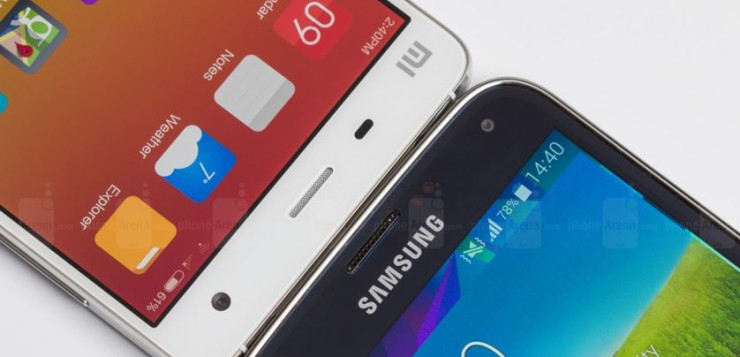 Left: Xiaomi Mi4 Right: Samsung galaxy S5| Photo credit: phoneArena