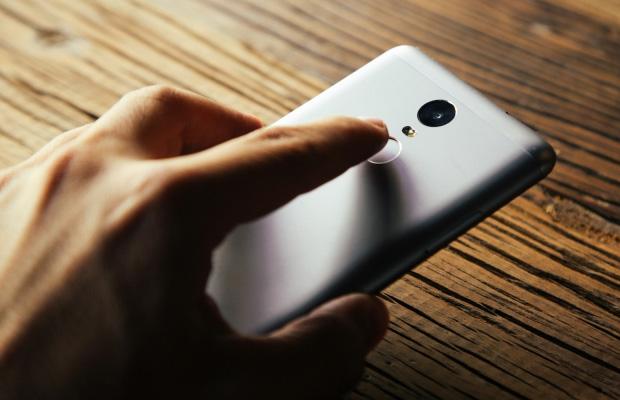 Xiaomi_Redmi_Note_3_Fingerprint_Sensor