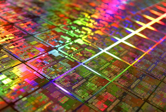Data Storage and Computing Combined Through a New 3D Chip