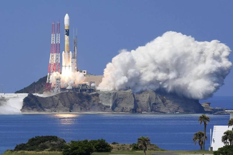 Japan Rolls Out Satellite for Improved GPS System